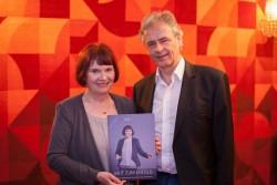 Edith Karl mit Rudolf Pusterhofer, Verleger, Programmdirektor